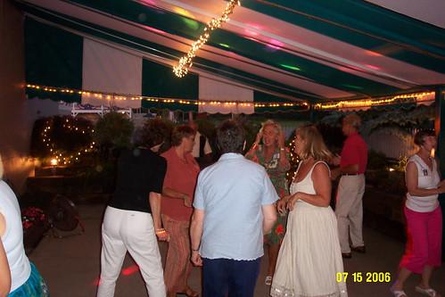 Dancin' in a circle