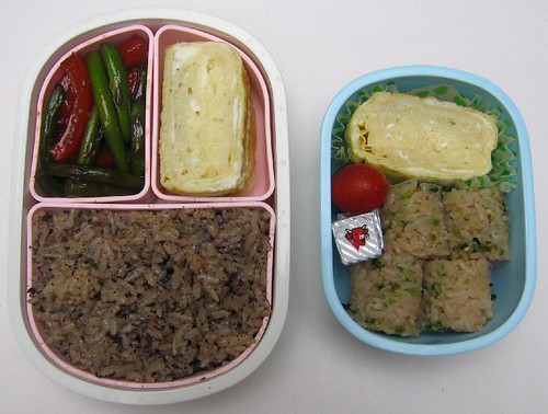 Dashimaki tamago: mother and son lunches お弁当
