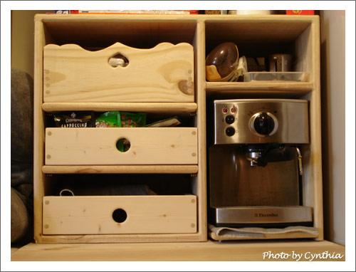 改造一下咖啡機櫃子