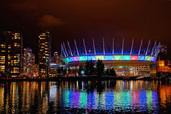 BC Place comes alive with light and colors photo by どこでもいっしょ