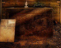 Graveless Gravestone at a Water Well at Central Cemetery Vienna - Zentralfriedhof Wien - for Sascha photo by hedbavny