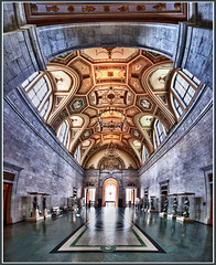 Detroit Institute of Arts Main Gallery photo by w4nd3rl0st (InspiredinDesMoines)