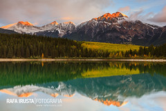 Patricia Lake and Pyramid Mountain, Canada photo by Rafa Irusta