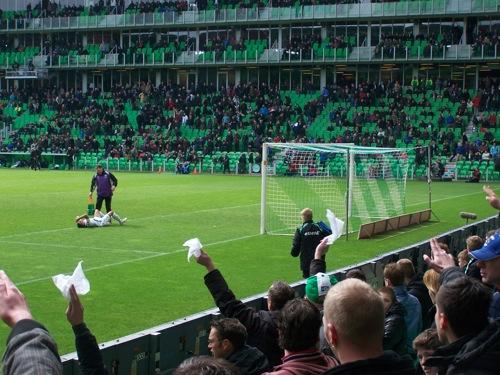 7079860715 6d5d3390b9 FC Groningen   Roda JC 0 1, 15 april 2012