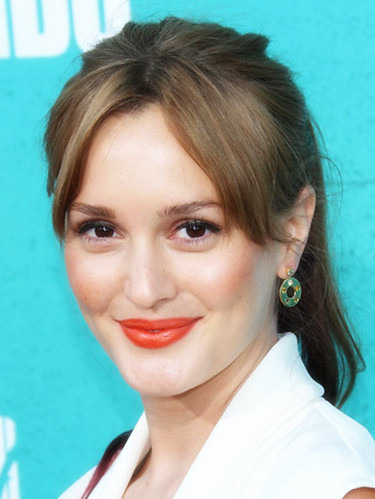 hairstyles-with-bangs-leighton-meester-long-face-framing-bangs