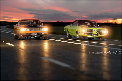 Battle in the night [EXPLORED] photo by Patrik Karlsson 2002tii