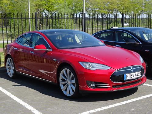 激動する自動車:電気VS.エンジン 電気自動車は本当に普及するのか? 1番目の画像