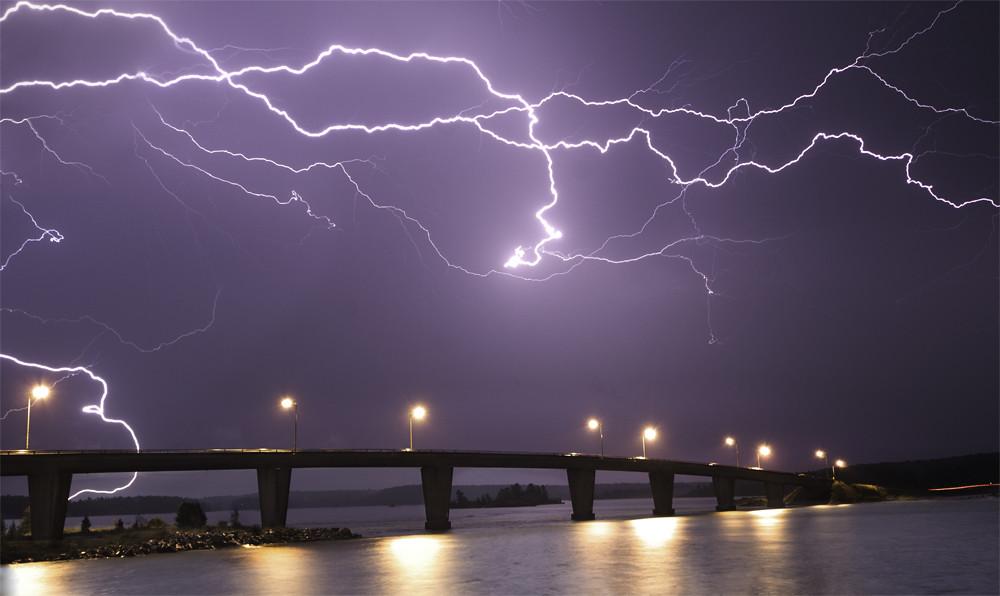 lightning joe's photo by photography by jeff dixon