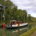 barge randle cruising the Canal du Nivernais