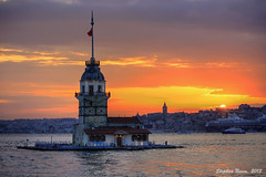 Istanbul at sunset: Kiz Kulesi (HDR) photo by Stephan Neven