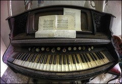 Piano Hommel photo by Martyn.Smith.