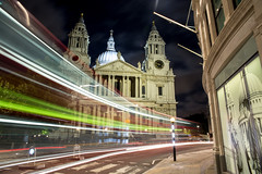 Saint Paul's Cathedral photo by Choollus