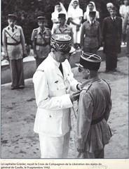 1942 -sept-  Bir Hakeim- Génie- - Capitaine Gravier fait compagnon