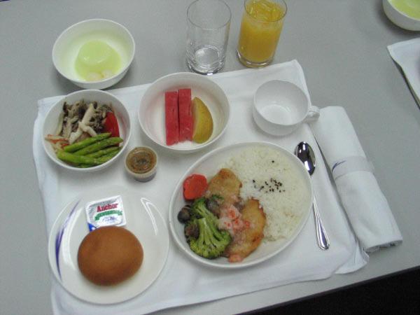 華航商務艙飛機餐