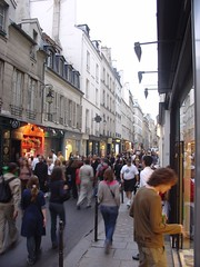 the marais at night during fete de la musique