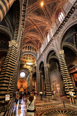 Siena Cathedral / Cattedrale di Santa Maria Assunta photo by Fr@nk = back