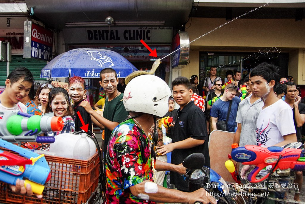 《曼谷泼水节》泰国Songkran Festival!新年宋干泼水节考山路一行全身湿透透!( สงกรานต์)