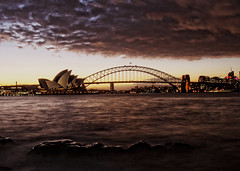 sydney opera house photo by Emmanuel Catteau photography