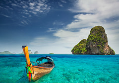 Railay beach photo by anekphoto