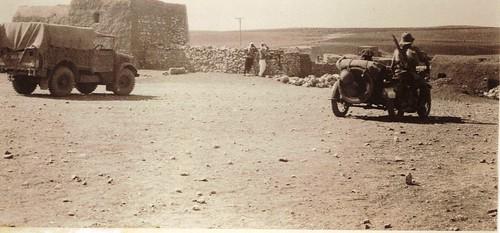 Palestine 1941 - 6 juin - Vers la frontière avec la Syrie -  Coll. S. Fercocq