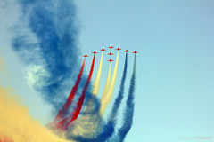 Red Arrows Flyby - Dubai Airshow 2013 photo by Douglas Herbert