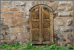 Zwei alte Türen mit rostigen Details 1 photo by fotomänni
