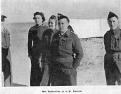 """1942 - Libye - le médecin capitaine Jean VERNIER et des """"Spearettes"""""""