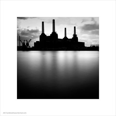 Battersea Power Station photo by Andrew James Howe