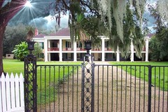 Destrehan Plantation ~ Destrehan ~ Louisiana ~ Spanish Moss photo by Onasill