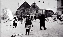 BM XI - 1945 janvier - Alsace -  entrée dans Illhausern