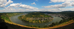 Rhine Loop, Germany photo by Batikart