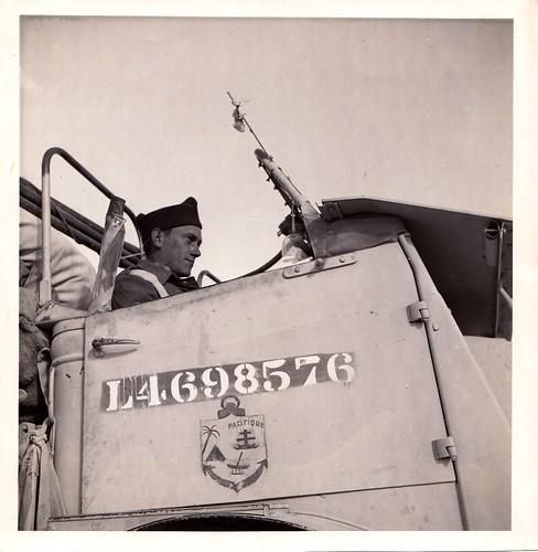 1942- Libye- Véhicule portant l'insigne du Bataillon du Pacifique - Col. Blandine Bongrand Saint Hillie