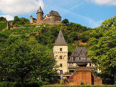 Stahleck Castle in Bacharach, Germany photo by Batikart