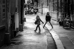 Girls on the street photo by sungsooleephoto