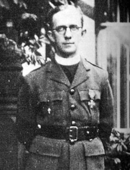 22 BMNA - Révérend père BIGO - MLF 1944  à Eboulet  - crédit photo : Ordre de la libération