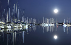 Super Moon- by Andy Barrow - Waterfront BIA 2013 photo by SnapHappyExpat