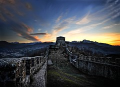 Tuscan castle... photo by sermatimati