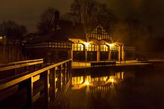 Alexandra Park Boathouse photo by Legoff1 (Craig Hutton)