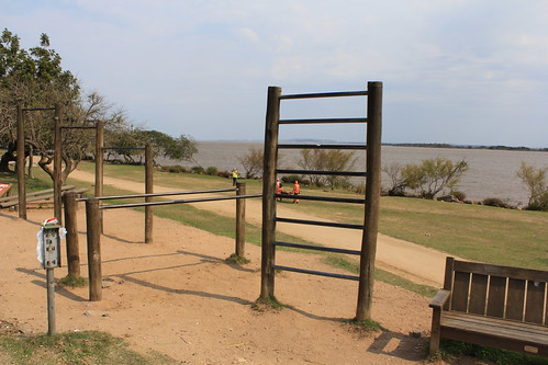Workout playground by Lake Guaíba
