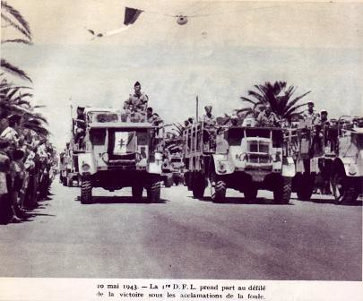 1943 - Tunisie- Défilé de la victoire Tunis