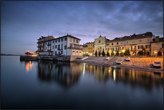 Arona - Lago Maggiore [ Explored ] photo by beppeverge