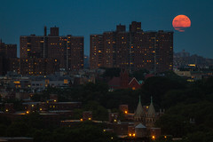 Super Moon over Brooklyn photo by Barry Yanowitz