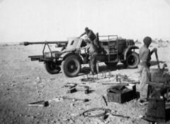 RA- 1942- Bir Hakeim - canon de 75 porté