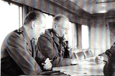 Les généraux Koenig et Mongomery Source  20 ans en 1940 de Henri Beauge