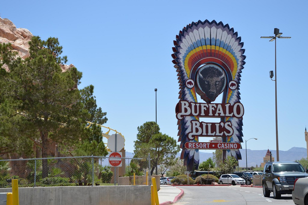 Buffalo Bill's iconic neon sign.