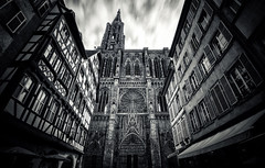 Cathédrale Notre-Dame de Strasbourg photo by Philipp Klinger Photography