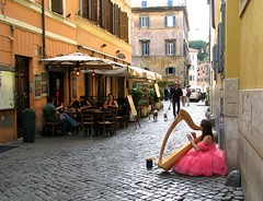 Trastevere, Roma photo by bjorbrei