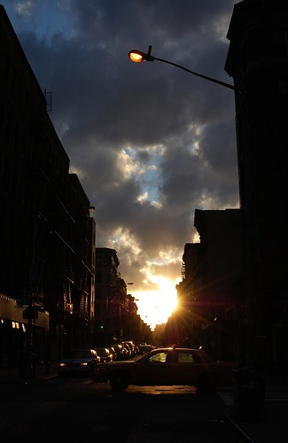 Sunset On Stanton w/Taxi