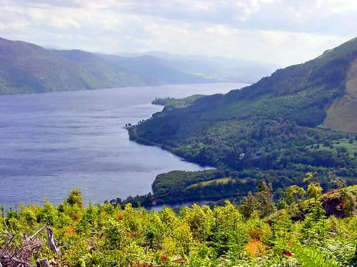 Loch-Ness-Scotland.jpg
