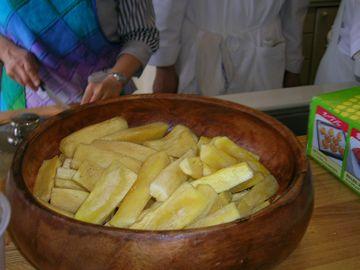 キャサバ芋のフライ